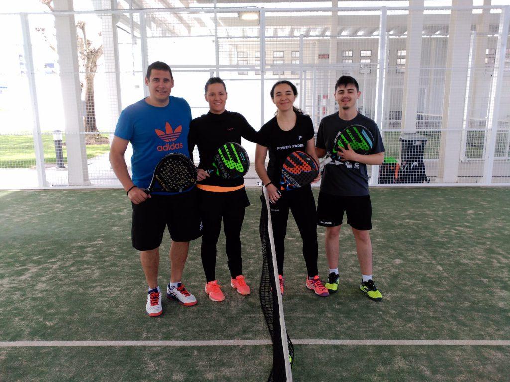 finalistas-grupo-a-torneo-padel-mixto-aedona-2019